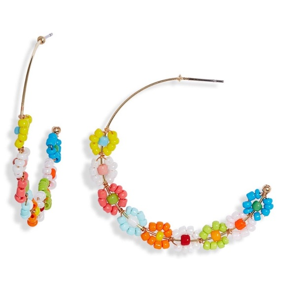 Daisy Beaded Hoop Earrings